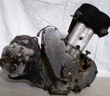 Motor BSA 550 ,převodovku a spojku