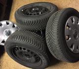 Zánovní sada zimních pneumatik R15