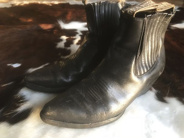 Pánské kovbojské kožené boty koně.