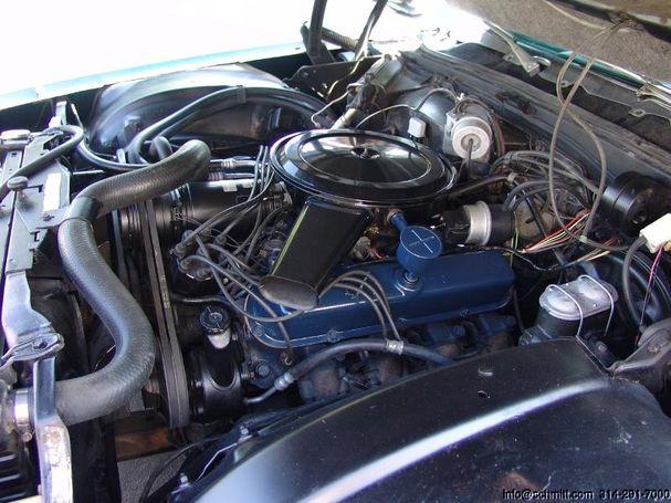 Motor 472 cu in (7.7L) OHV V8