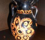 Keramická vázička vtlačovaný vzor
