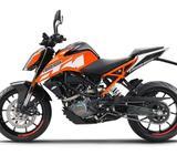 KTM 125 Duke orange, nakedbike