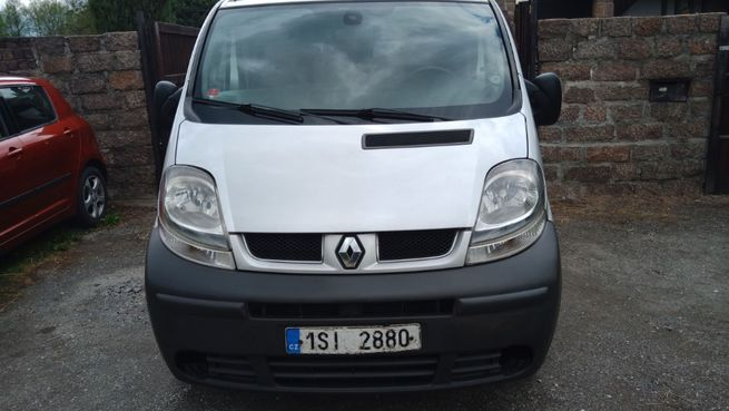 Renault Trafic 140 dCi, 2.5 99 kW Long, r.v. 2006